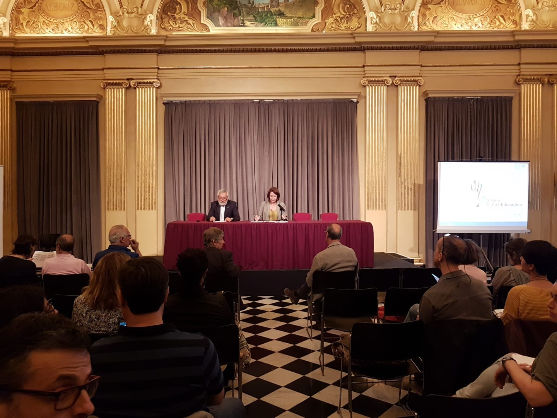 L'alcaldessa de Girona presideix el plenari del Consell Municipal d'Educació.