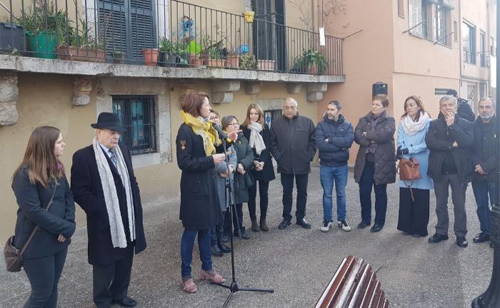 L'alcaldessa de Girona, Marta Madrenas, presideix el bateig d'un dels miradors al riu Onyar amb el nom de Lluís Maria de Puig