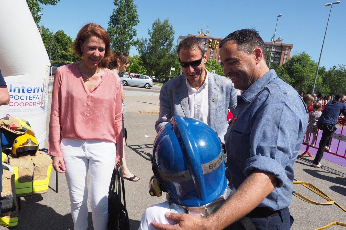 L'alcaldessa de Girona passeja per la 34a Jornada de Recreació i Esport.