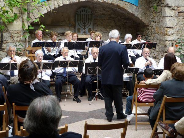 Concierto del grupo Metder Band de Girona