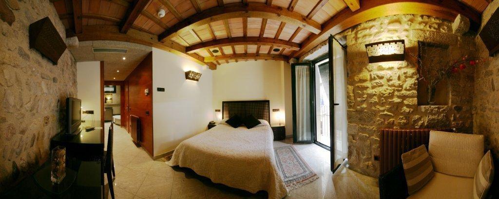 Hotel hist ric d nde dormir hoteles turismo gerona - Hoteles rurales en girona ...