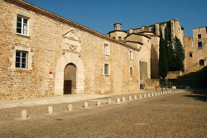 L universit et sant dom nec tourisme mairie de g rone - Sant feliu de guixols office du tourisme ...