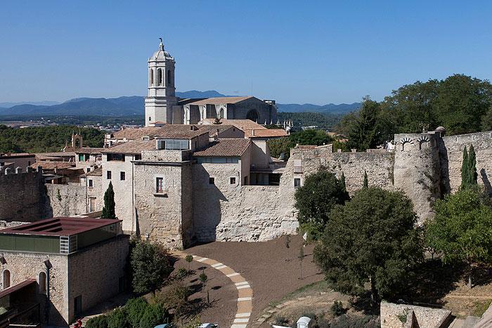 La universidad y sant dom nec turismo ayuntamiento de girona - Oficina de turismo girona ...