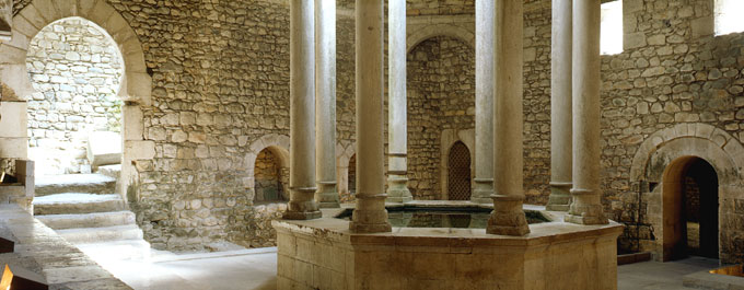 Baños Romanos Girona:Roman Bath House Changing Room