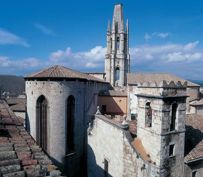 La basilique sant feliu tourisme mairie de g rone - Sant feliu de guixols office du tourisme ...